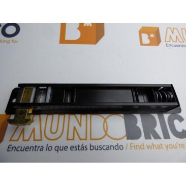 Cierre embutido DERECHO Negro serie 5200 TECNAC