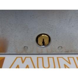 Cerradura de trapa 5511 LINCE